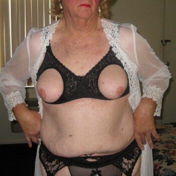 photos-of-fran-banks--mature-crossdresser