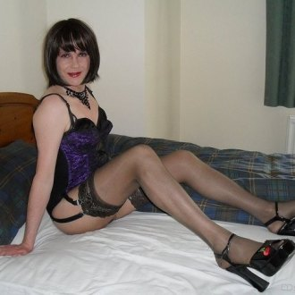 beautiful-crossdressers-on-42-photos