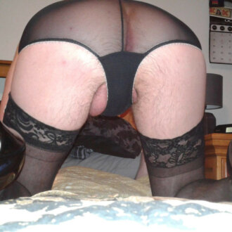 miss-andrea--pantyhose-panties-and-cock