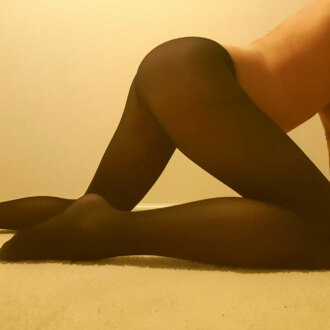 sweetpink-in-pantyhose