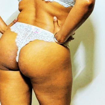naughty-desi-girl-in-bra-and-panty-3