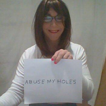 tara-needs-it039s-holes-abused